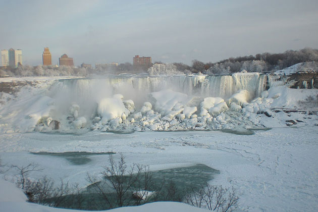 Niagara Winter