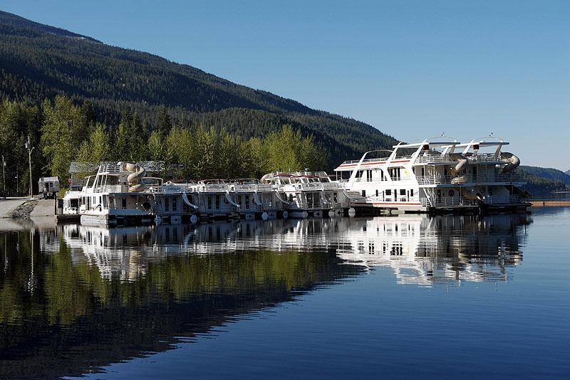 Lake Shuswap Boating & Fishing Information